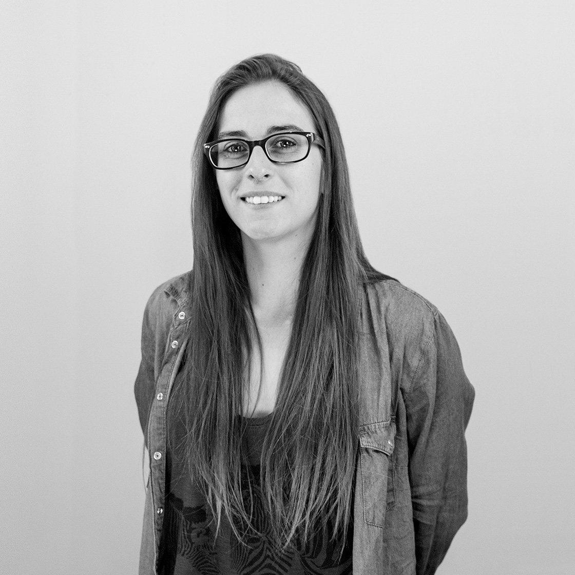 dissenyadora gràfica i dissenyadora de pàgines